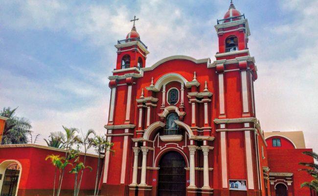 Conferencia en Lima (Perú)